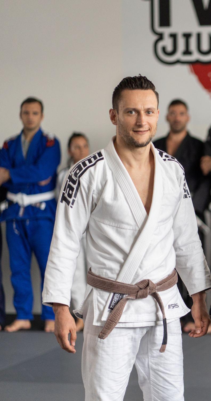 Владимир Джаркълов